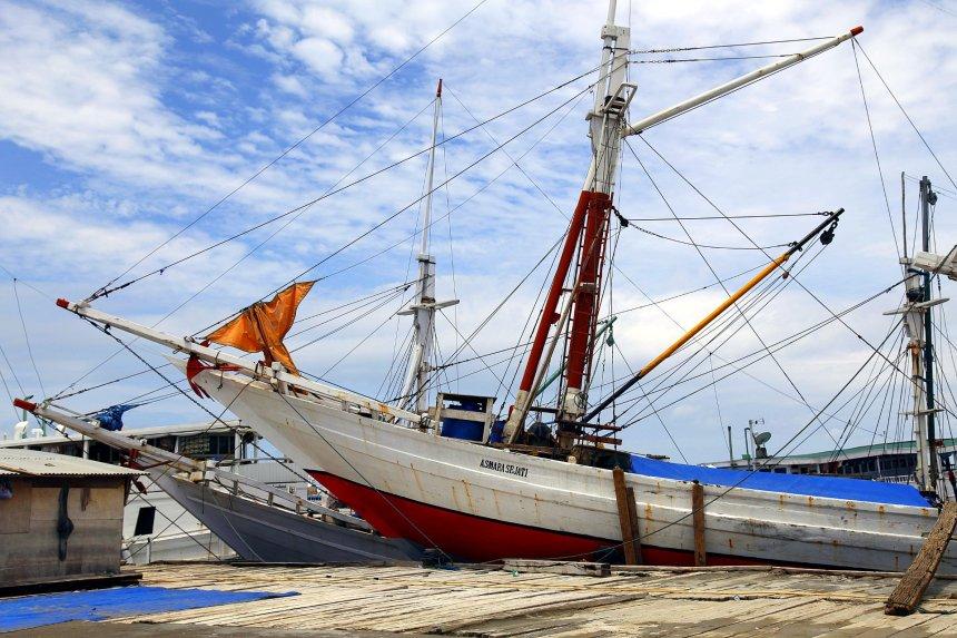 perahu-bugis