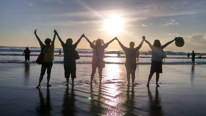 Bali tour viwers